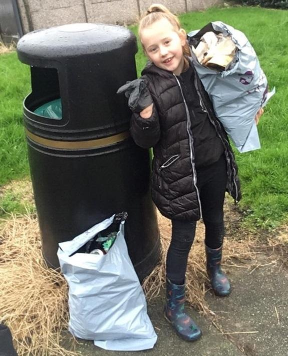 Josie Weir, six, hailed a star after carrying out a litter pick near her home in Winsford