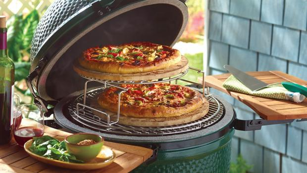 Winsford Guardian: You can use a kamado to cook steaks and burgers or use it as an outdoor oven or smoker. Credit: Big Green Egg