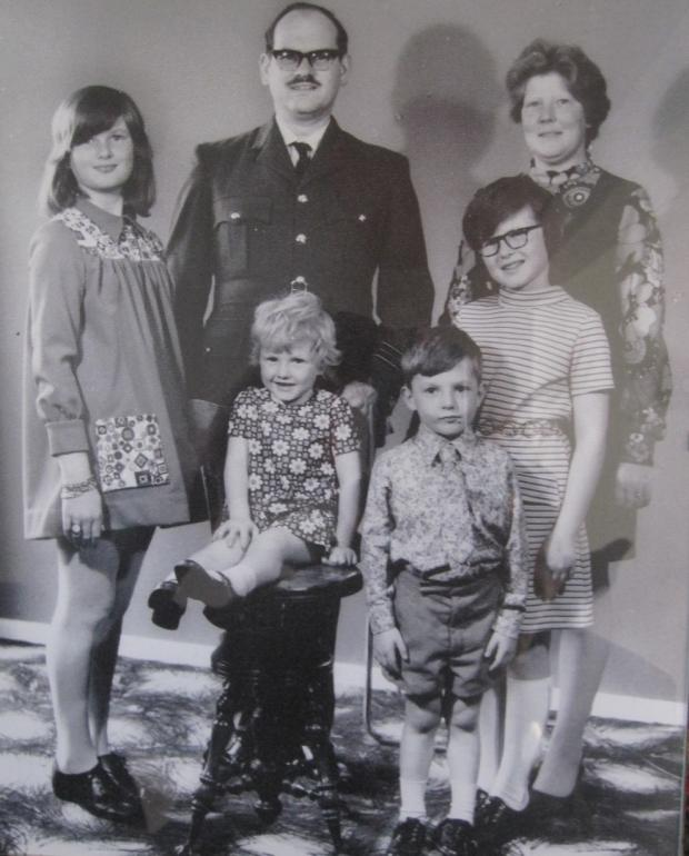 Winsford Guardian: Squadron Leader Geoffrey and Irene with their children Joy, Rachel, Andrew and Yvonne when he served in the RAF in 1974