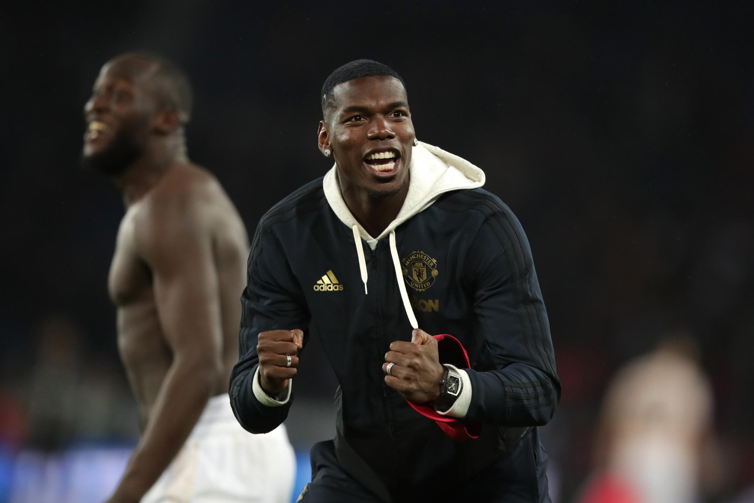 Manchester United's Paul Pogba is set to stay at Old Trafford